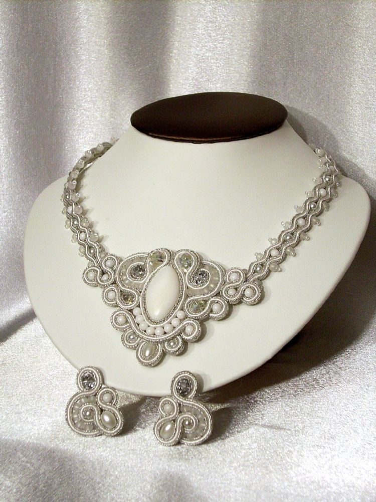 White & Silver Soutache Necklace & Earring Set(Adele)